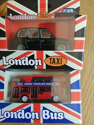 £7.99 • Buy DIECAST RED LONDON BUS & BLACK TAXI. NEW.  Boxed. Toy. Souvenir. Ornament. Gift