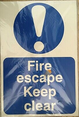 Fire Escape Keep Clear Rigid Plastic Sign 20cmx30cm • 5£