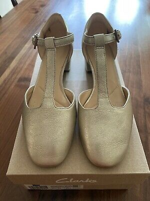 NEW Clarks Ladies Shoes ORABELLA HOLLY Champagne Leather Wedding Party 4.5/37.5 • 25£