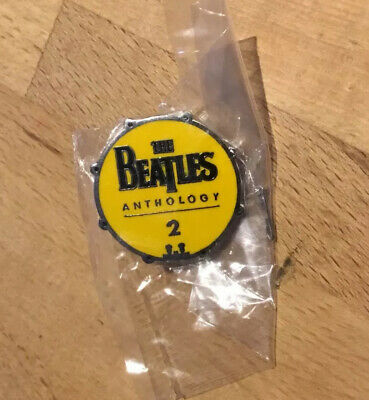 The Beatles Anthology 2 / Pin (2.5cm) - 1990's Official Apple Corps Product-New • 4.95£