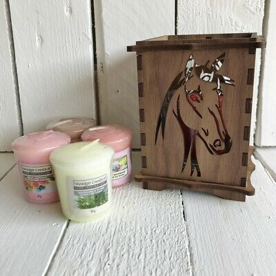 Yankee Candle Holder With Horse Design In Walnut Or Oak & 4 X Scented Candles  • 19.99£