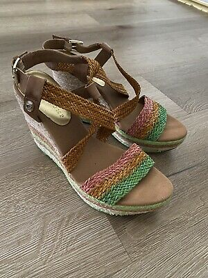 $ CDN44.06 • Buy Ivanka Trump Tally Shoes Size 8.5 Wedges Strappy Fashion Sandals