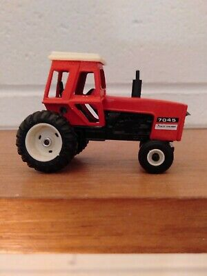 AU25 • Buy ERTL 7045 Red Toy Model Diecast Tractor Great Condition Metal Collectable