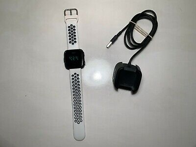 $ CDN93.34 • Buy Fitbit Versa Smartwatch Large Black And White Sport Band Very Nice Condition