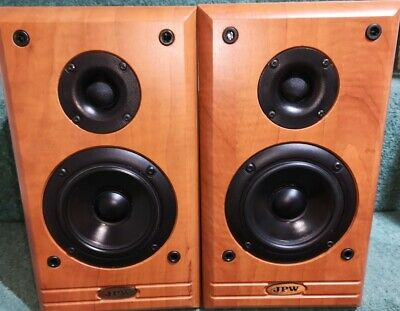 JPW ML310 Bi-wireable Bookshelf Speakers In Walnut Finish And Great Condition... • 64.95£