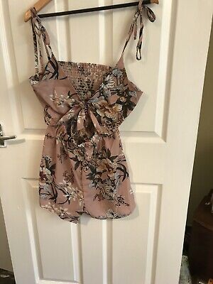 Salmon Coloured Floral Playsuit Size 12 (#46) • 4.50£
