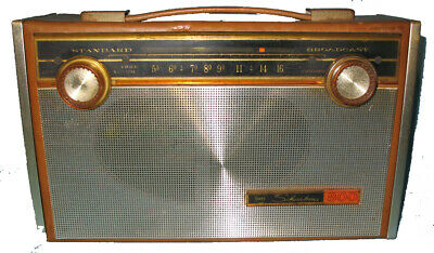 $ CDN44.40 • Buy Vintage Radio SEARS SILVERTONE  800   Model 3223