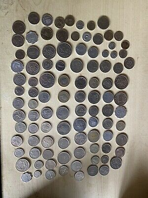 Over 400 Foreign And A Few UK Coins Plus 5 Notes Please Read (Free UK Postage) • 30£