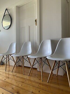 AU61 • Buy 4 X Replica Eames Dining Chairs