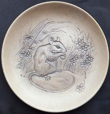 Mouse Eating A Nut Poole Stoneware 5  Plate Designed By Barbara Linley Adams • 3£