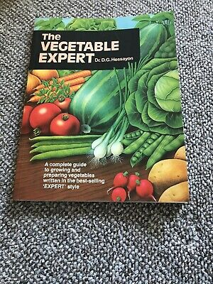 The Vegetable Expert (Expert Books) By D. G. Hessayon. 9780903505208 • 2£