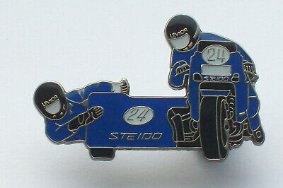 Motorcycle Sidecar TT Racing Team / Isle Of Man , IOM , TT Racer Pin BADGE • 2.99£