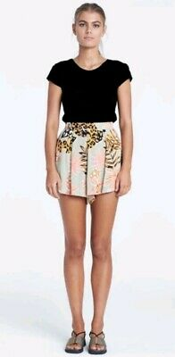 AU30 • Buy Zulu And Zephyr Foliage Short BNWT