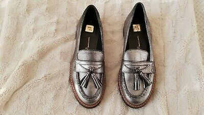 TU Pewter/Grey Leather Shoes/Loafers, Size 5, New • 15£