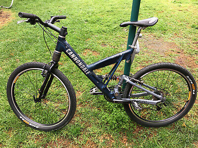 AU100 • Buy Cannondale Super V500 Mountain Bike Vintage Classic Medium Size In VGC