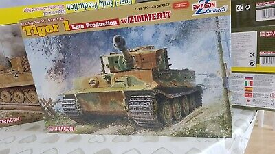 1/35 Tiger 1 (late)  By Dragon  6383 With Zimmerit • 69.99£