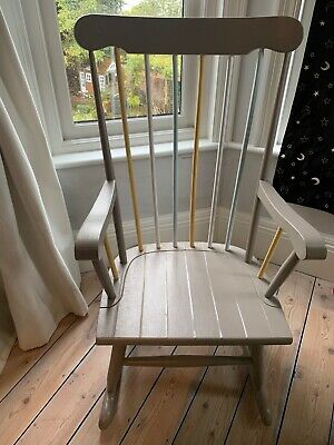 Wooden Rocking Chair Excellent For Nursery Or Bedroom • 30£