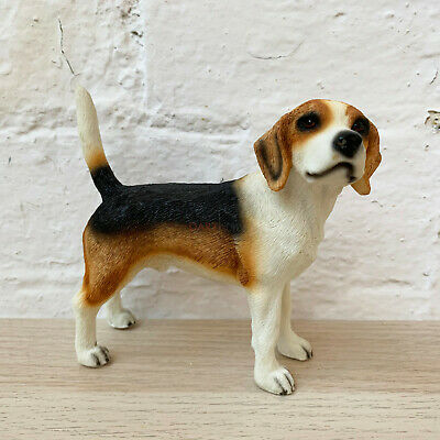 Lifelike Standing Beagle Dog Pet Indoor Ornament Statue Figurine Resin Gift Art • 15.99£