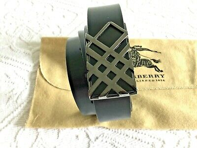 BURBERRY Ladies Black Leather Belt With Beautiful Polished Buckle New In Pouch • 89£