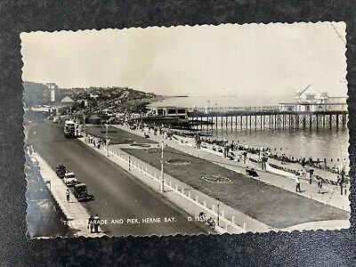 Tower Parade And Pier Herne Bay  Postcard 20a • 0.99£