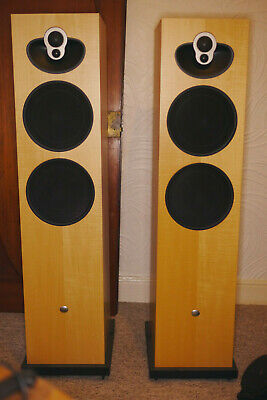 Linn Majik 140 Floorstanding Loudspeakers In Oak • 1,000£