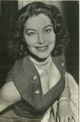 1950s ORIGINAL AVA GARDNER PHOTO AD PICTURE GLOSSY W THE STAR Ad Back 3.5 X 5.5  • 5.87£