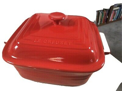 Le Creuset Large Square Orange / Red Casserole Dish With Lid 3.3L  Immaculate. • 44£