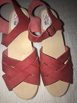 $100 • Buy New MAGUBA Of SWEDEN Bologna WOMEN'S CLOGS WOODEN SANDALS SHOES Red Size 39