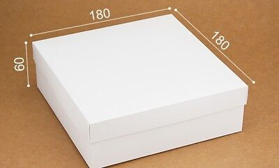WHITE BOX 18cm X 18cm X 6cm  WITH LID, GREETING CARDS, GIFTS, RETAIL, TOYS • 2.50£
