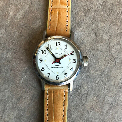 $ CDN22.15 • Buy Beautiful Vintage Timex Women's Mechanical Watch With Brown Leather Strap D2