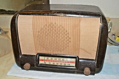 $ CDN63.42 • Buy SILVERTONE 6200A AM TABLE FARM (battery) TUBE RADIO BAKELITE Pro Serviced