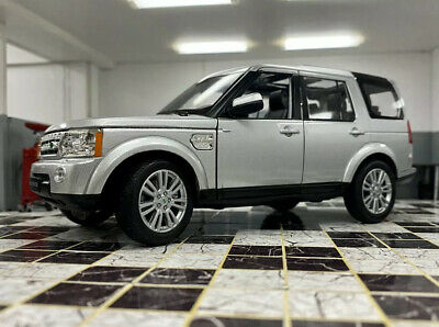 Land Rover Discovery 4 Tdv6 Hse 2015 Silver Welly 1/24 Scale Car Diecast Model  • 24.99£