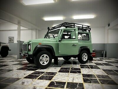 Land Rover Defender Green Roof Rack Snorkel Welly 1/24 Scale Car Diecast Model  • 24.99£