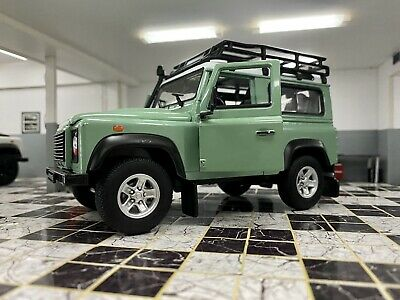 Land Rover Defender Green Roof Rack Snorkel Welly 1/24 Scale Car Diecast Model  • 23.99£