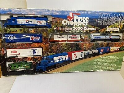 $ CDN84.34 • Buy Price Chopper Stores Millennium 2000 Express HO Scale Freight Train Set In Box