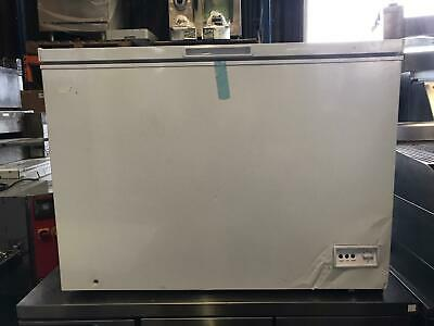 Commercial Chest Freezer Solid Top Lid - White - Energy Class A+ Refurbished • 300£