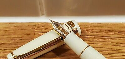 BNIB Wancher X Sailor Pen Pro Gear Classic Limited Edition Ivory White F • 259£