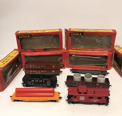 $ CDN39.26 • Buy Lot Of 6 Vintage TYCO HO Scale Model Electric Trains W/ Boxes