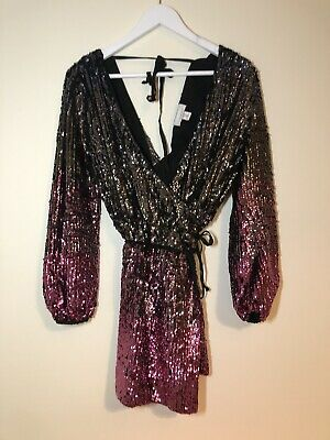Sequin Two-tone Dress • 15£