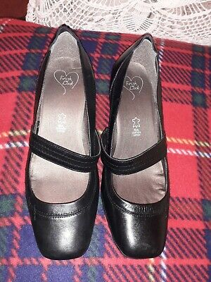 Black Leather Shoes. Evans, Size6. New In Original Box. (Worn Once) • 5£