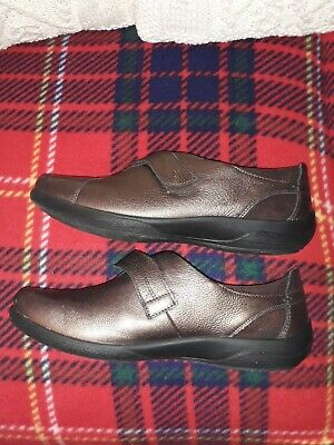 Padders Bronze Shoes. Worn Once. Size8 • 5£