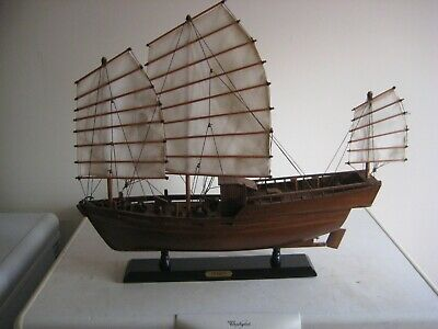 Jonque Or Junk Wooden Model Sailing Ship With Canvas Sails. • 20£