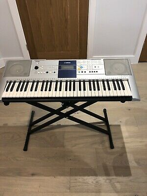Yamaha PSR-E323 Digital Keyboard With Adjustable Stand And Power Supply • 34.99£