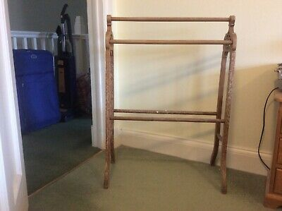 Free-standing Vintage Wooden Towel Rail 1950's. Used. Good Condition. • 5£
