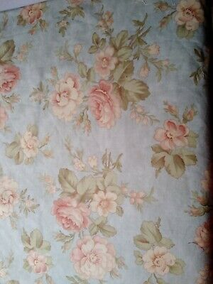 Half  Mtr Of Robyn Pandolph Fabric For Moda,  Floral On Duck Egg Blue Background • 5£