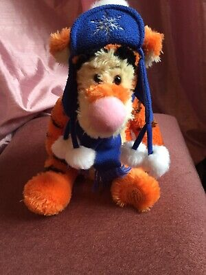 Disney Store New Plush Tigger Soft Toy In His Winter Outfit • 3.90£
