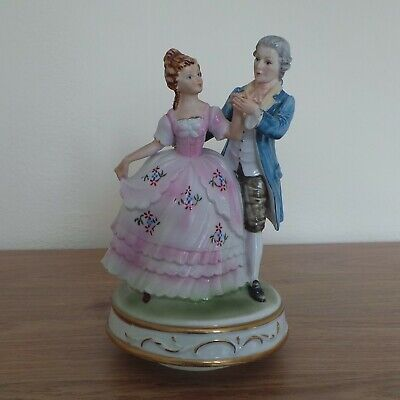 ROTATING MUSICAL (WORKING) FIGURE OF REGENCY COUPLE DANCING - 20cm (8 ) TALL • 18£