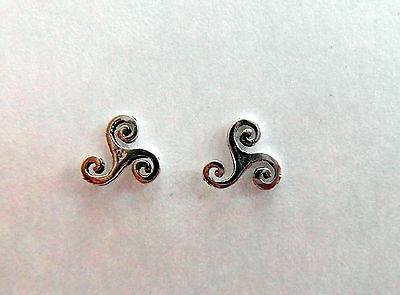 £3.99 • Buy Pair Of Sterling Silver  925  Spirals  Of  Life  Ear Studs  !!    Brand  New  !!