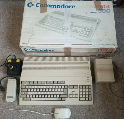 Vintage Commodore Amiga 500 With Ram Upgrade, Boxed And Working. • 56£
