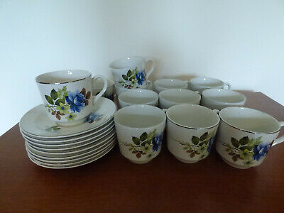 Vintage Porcelain Barratts Of Staffordshire 12 Cups & 9 Saucers, Delphatic White • 15£